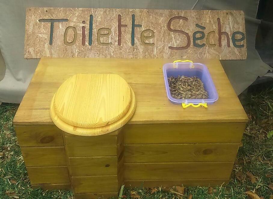 Atelier autoconstruction de Toilettes Sèches – Samedi 07 Octobre